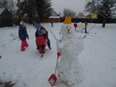 Stavění sněhuláků